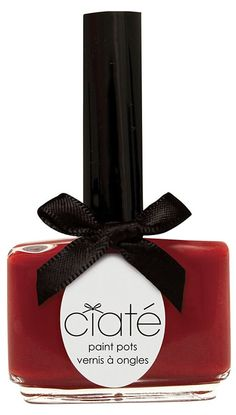 You can't go wrong with a classic red nail