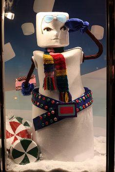 New York: Christmas Window Displays