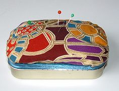 Altoids tin repurposed into a pincushion and sewing ...