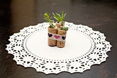 wedding favors, wine corks, succul diy, diy tutorial, cork succul