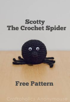 How to Crochet a Spider tutorial. Super cute free Halloween crochet pattern! Love this nose.
