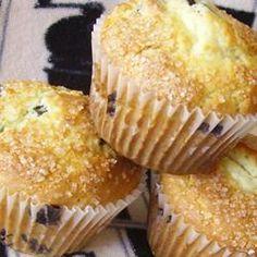 chef john, muffin recipes, blueberri muffin, blueberry sour cream muffins, blueberries, john blueberri