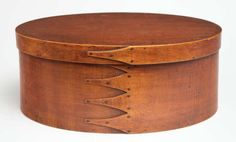 Shaker ...Maple and pine, original red stained varnish finish, five fingers right to left, small copper tac---Large Oval Box