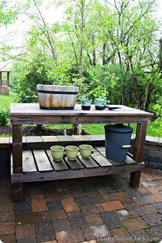 A #DIY potting bench!!
