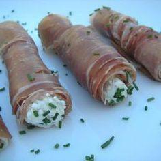 Roladki z szynki parmeńskiej z kozim serem @Allrecipes.pl http://allrecipes.pl/przepis/8568/roladki-z-szynki-parme-skiej-z-kozim-serem.aspx
