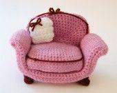 dusty rose amigurumi furniture