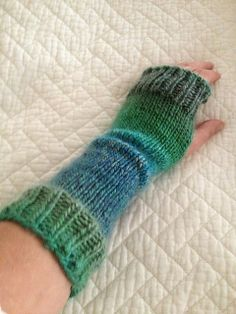 Super easy and fast.  Had them done in time for Ida as a going away present.  Ravelry: BeachBabyMom's Alice for Ida
