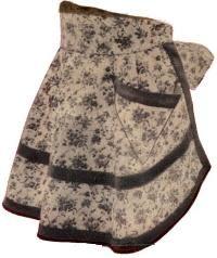 Tons of free vintage apron patterns.