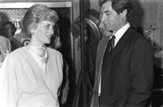 1986-12-11 Diana talks with Timothy Dalton on the set of The Living Daylights at Pinewood Studios in London