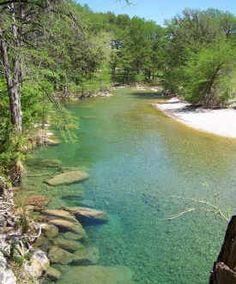 Texas Hill Country vacation riverfront cabins for rent in Concan, Texas: Frio River Cabins