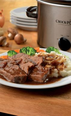 Slow Cooker Tavern Style Pot Roast, looks fantastic!  Via Christy Scripps