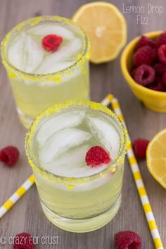 The Best new summer drink! Lemon Drop Fizz