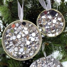 Rhinestone ornament DIY