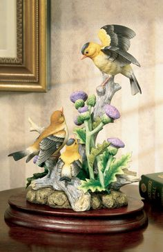 WOW!!!!   ANDREA BY SADEK Porcelain Goldfinch Family Figurine / Bird Statue with Base *