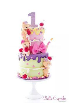 Beary sweet cake