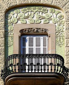 Barcelona - València ~ Casa Martí Llorenç ~ Architect: Antoni Alabern i Pomar