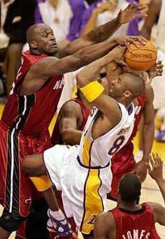 Shaq blocks Kobe