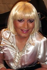 This beautiful #crossdresser in a blond wig