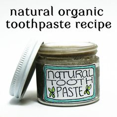 DIY All Natural Homemade Toothpaste Recipe - Naturally helps to whiten and reduce sensitivity!