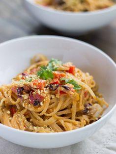 Simple Thai Peanut Noodle Stir Fry | Veggie and the Beast
