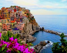 Cinque Terre in #Italy #majestic #beauty