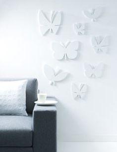 Bekijk hoe je deze leuke vlinders uit hout kunt zagen en als reliëf op de muur plakt voor een spannend effect: 101woonideeen.nl/zelfmaken/houten-vlinders.html
