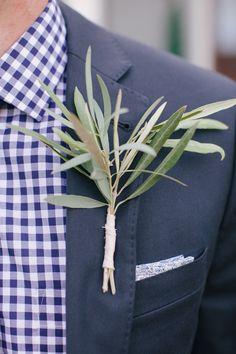 farm wedding, celery, tennesse farm, floral designs, groom, brook bole, branches, boutonnieres, bole read