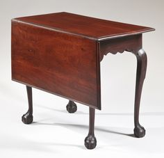Chippendale single drop-leaf table, Massachusetts, circa 1760