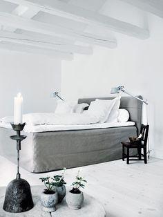 linen slipcovered bed