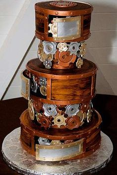 Steampunk wedding cake.  Mike's Wedding Cakes in Seattle.