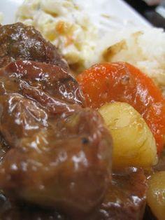 """KAUKAU TIME!--""""Kaukau"""" is a Hawaiian pidgin slang word meaning """"food"""" or """"to eat."""": Hawaiian Beef Stew food"""