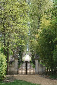 Luberon 20mn from Avignon - Rare Eighteenth Century Bastide - Emile Garcin