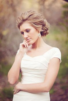 Great wedding look for ladies with pale skin... keep the #makeup light and the #hair swept away from the face.