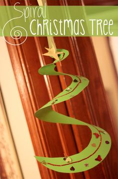 Put a spiral in a Christmas tree craft for kids!