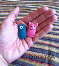 mini monsters - felt craft. So cute!
