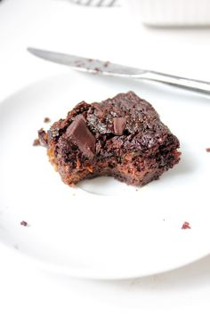 Market Sophie: Brownies Chocolate zucchini @Brackenduck make these with all your zucchini :)