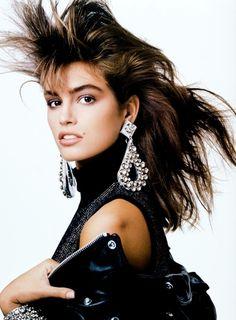 Lei Italia, December 1986 Model : Cindy Crawford