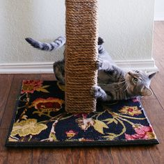 DIY: cat scratching post