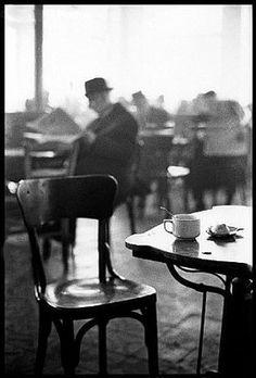 coffe, art, white, elliot erwitt, café