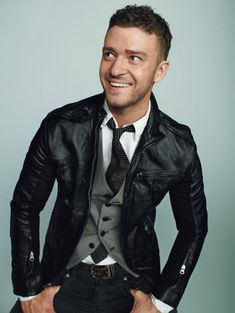 Another one of my favorite outfits. A spin on just the leather jacket - Justin Timberlake    Google Image Result for http://www.gq.com/images/slideshows/mens/standalone/gq/fashion/0309/stylish-mens/00001f.jpg