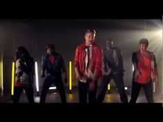 Pentatonix cover Starships - How do they do this?!!