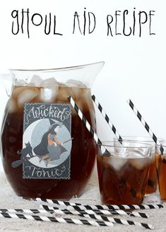 Easy Ghoul-Aid recipe perfect for Halloween! { lilluna.com } #ghoulaid