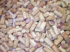 300 wine corks for sale on Recycle Your Wedding // click on the image to snatch these up! wine corks, craft supplies, holiday crafts, cork recycl