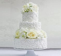 Beautiful Summer Lace Patterned White Wedding Cake