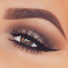 Perfect gold smokey eye! Love it!: