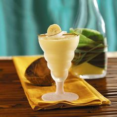 Banana Colada Smoothie (Sugar Free - Made With SPLENDA®) 6g Fat & 150 Calories Per Serving