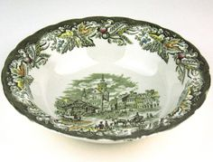 """Heritage Pattern by Ridgway Pottery - round serving bowl - 8"""" - A Market Place Quebec"""