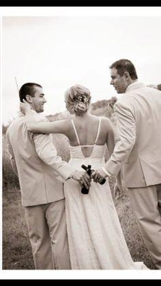 Groom and best man wedding photo