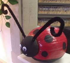 pumpkin decorating ideas | ladybug pumpkin-decorating-ideas | Halloween