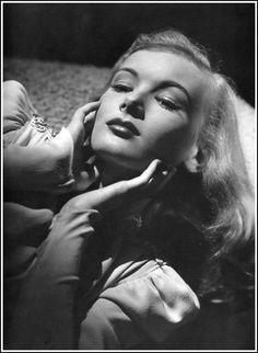 Veronica Lake, 1940s